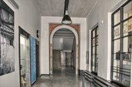 N48226_vstup do budovy