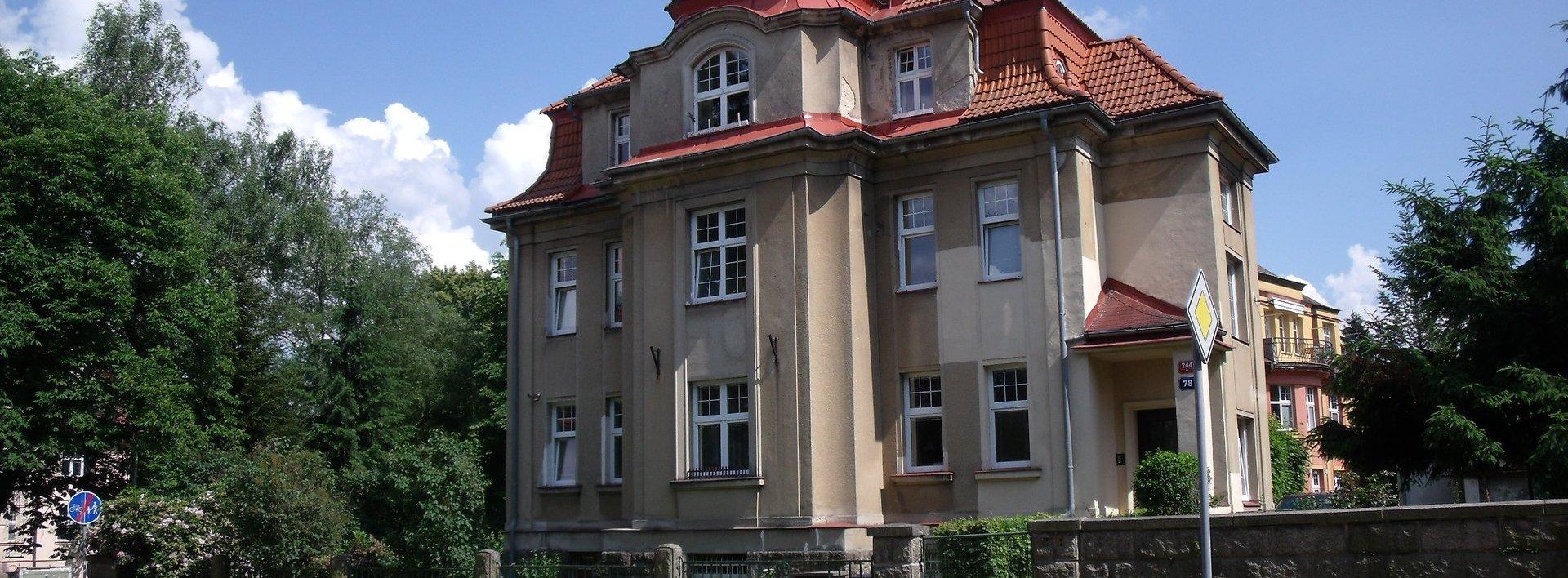 Prodej útulného cihlového bytu 2+1 ve vile v Husově ul. v Liberci - Kristiánov, Ev.č.: N48487