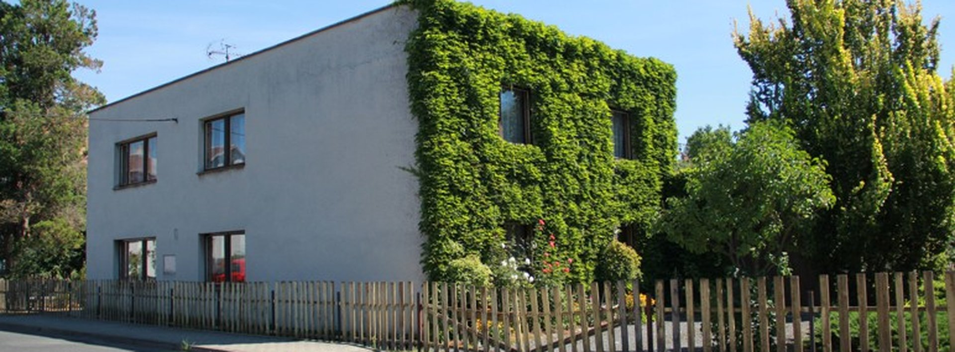 Prodej prostorného rodinného domu, 378 m², Ev.č.: N48556