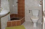 N48557_pension_koupelna