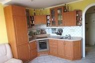 N48591_kuchyňský kout vstup do chodby