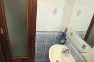 N48591_koupelna vstup do chodby