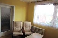 N48591_obývací část vstup do ložnice