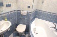 N48591_koupelna wc