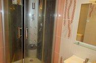 N48609_koupelna sprchový kout
