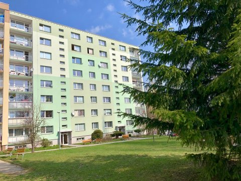 Pronájem bytu 3+1 se zasklenou lodžií, 70 m² - Liberec-Vesec, ul. Jeřmanická