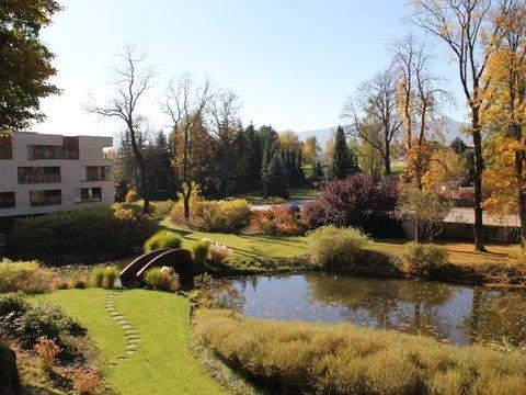 Pronájem nadstandardního bytu 2+kk s terasou - Liberec, Královské zahrady