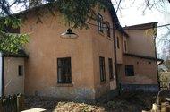 N48716_dům ze zahrady