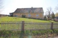 N48738_dům ze zahrady