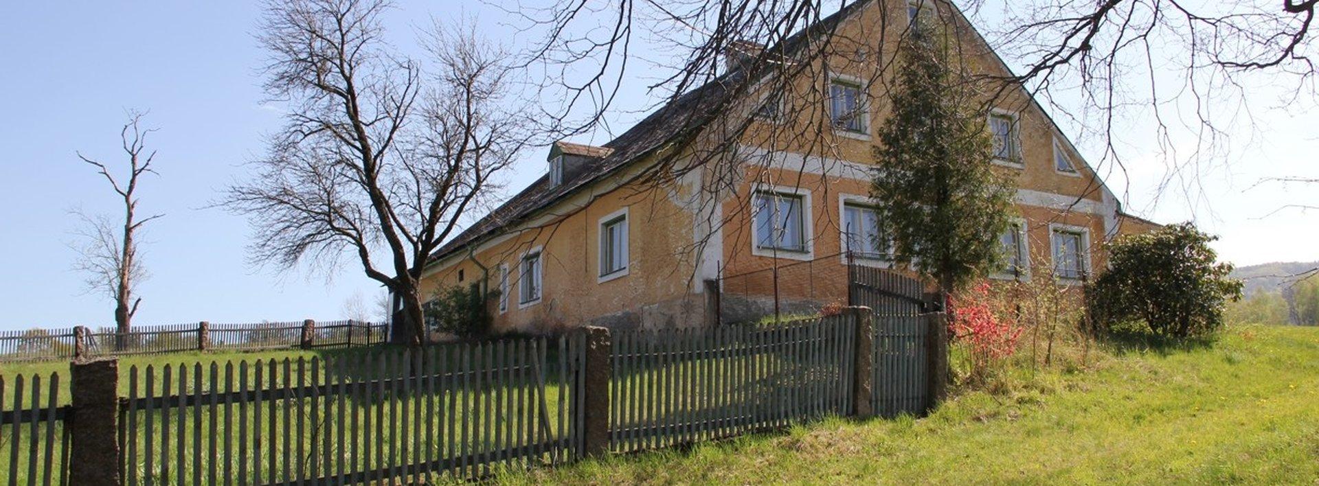 Prodej rodinného domu 150 m² s přilehlými pozemky o velikosti 78.617 m², Ev.č.: N48738