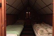 N48741_spaní v podkroví
