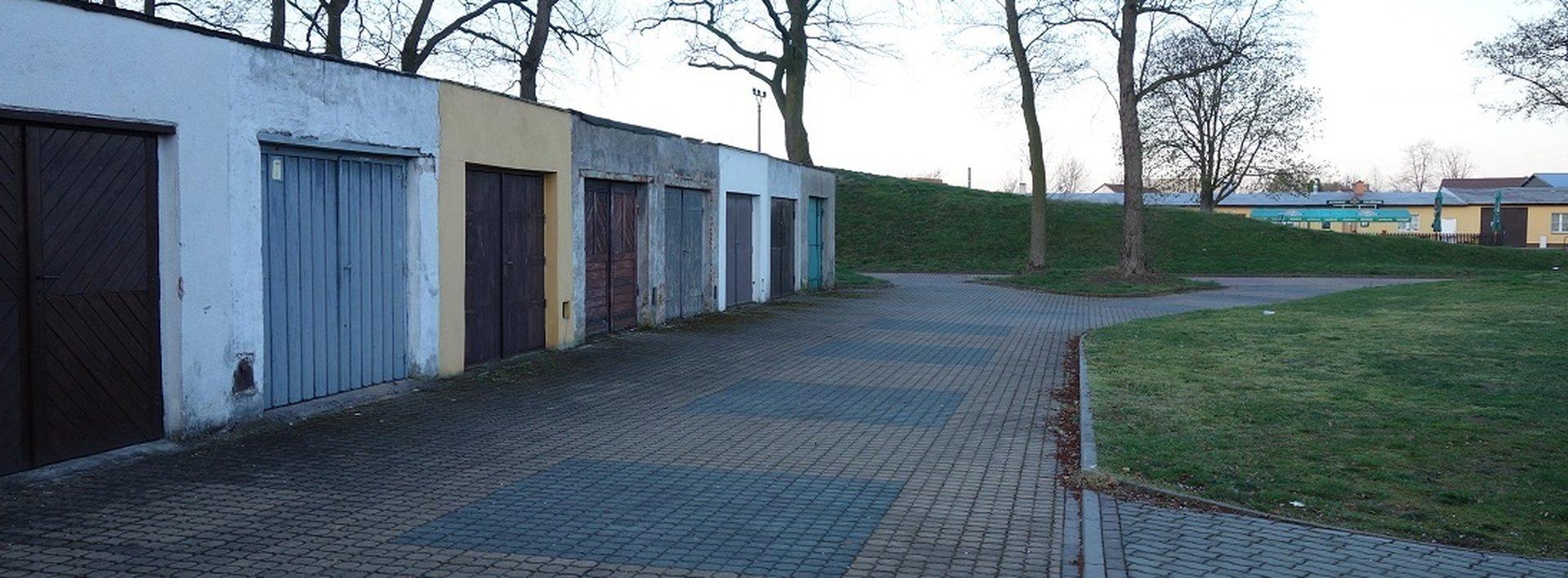 Zděná garáž, 18 m² - Rybitví, Ev.č.: N48746