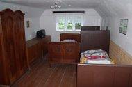 N48759_pokoj v podkroví