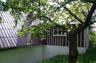 N48759_Chalupa zadní strana s výstupem na zahradu