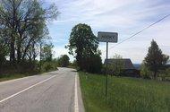 N48759_příjezd do obce