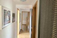 N48767__chodba vchod do 4 ložznic a koupenys wc