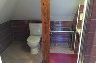 N48783_podkroví_koupelna_WC