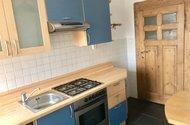 N48792_kuchyn_vchod na chodbu