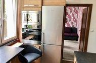 N48810_kuchyň vstup do pokoje