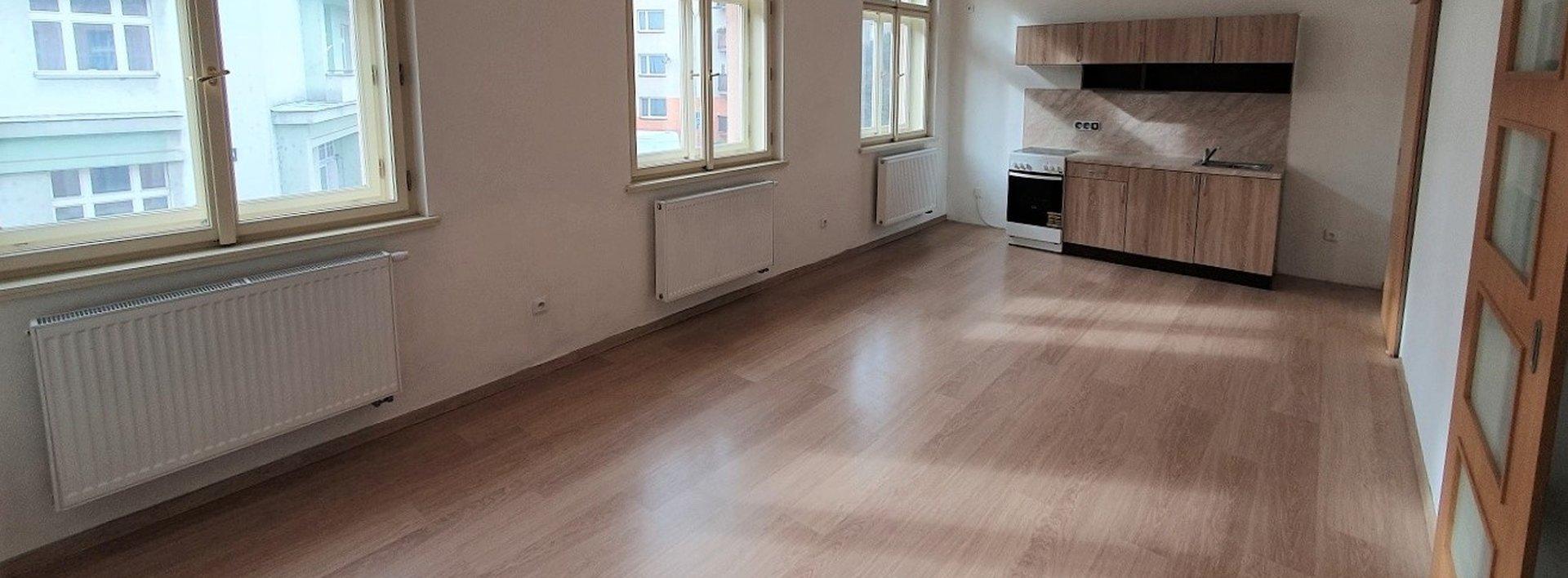 Pronájem zrekonstruovaného bytu 2+kk, 65 m² - Hradec Králové, Ev.č.: N48909