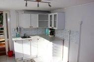 Kuchyň spodní část.