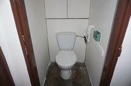 N48923_toaleta
