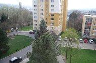 N47621_výhled z okna