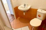 N48715_z koupelny do chodby