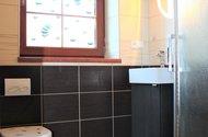 Koupelna v 1.NP.