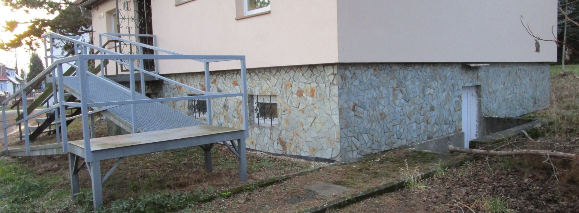 Pronájem bytu 4+1v přízemí domu s bezbariérovým přístupem - Srbská, Liberec XI-Růžodol I, Ev.č.: N48978
