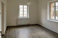 N49018_obývací pokoj