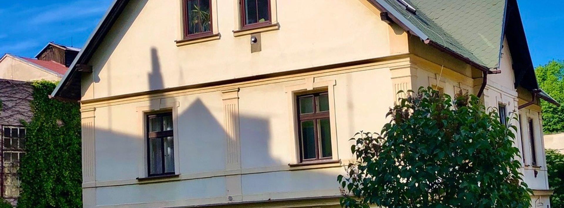 Prodej bytu 2+1, 61 m²  v domě se zahradou - Liberec, Jeřáb, Ev.č.: N49044