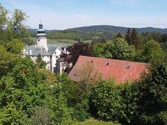 Barokní špýchar u zámku Lemberk