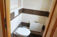 N49069_toaleta