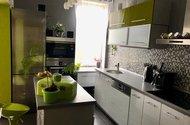 N49070_kuchyňská linka