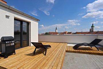 Pronájem, byt 2+kk, 50 + 94 m², Uherské Hradiště, ulice Jindřicha Průchy