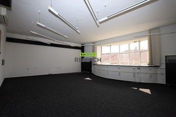 Pronájem, Kanceláře, 88m² - Uherské Hradiště