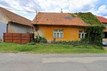 Prodej, rodinný dům, 438 m², Traplice