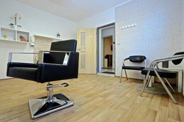 Pronájem, kadeřnictví, 18 m² - Huštěnovice