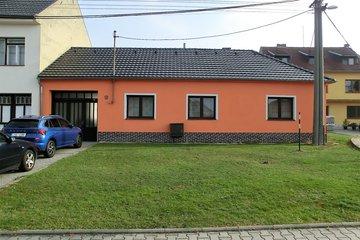 Prodej, Rodinné domy, 1500 m² - Bánov