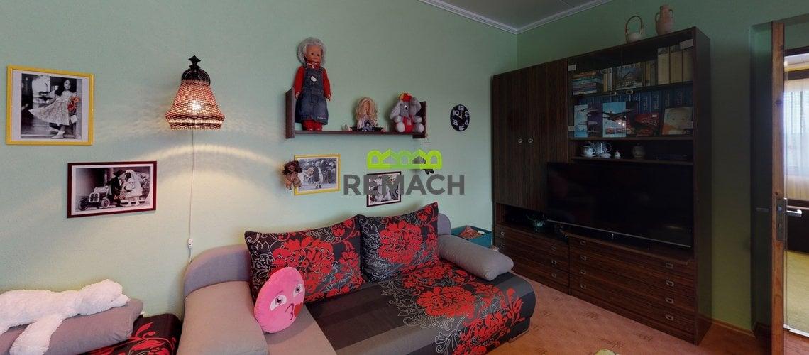 Ceska-Metuje-Living-Room