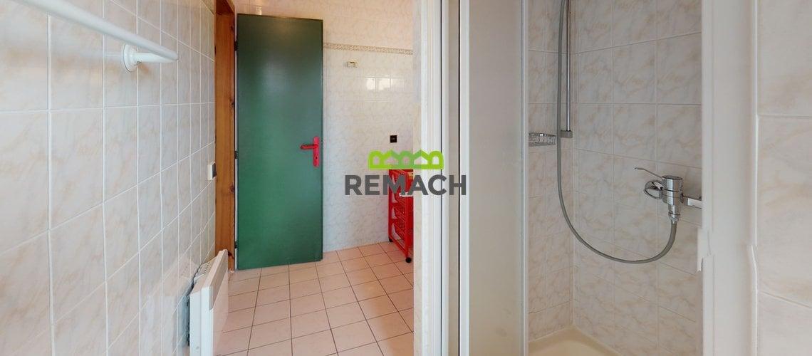 Ceska-Metuje-Bathroom(7)