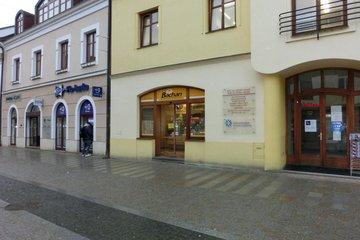 Pronájem, obchodní prostory-110m² - Uherské Hradiště