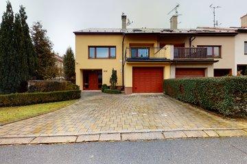 Prodej, rodinný dům 5+2, 260 m², pozemek 318 m², Uherské Hradiště, Mařatice, ulice Jižní