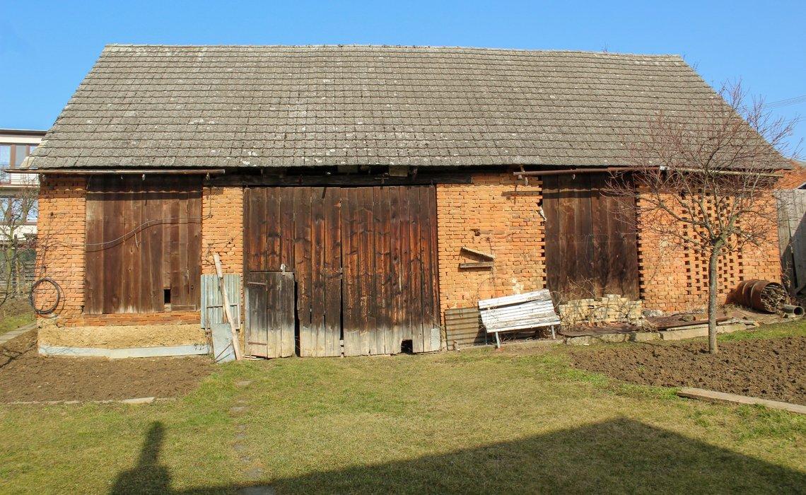 stodola ze dvora II