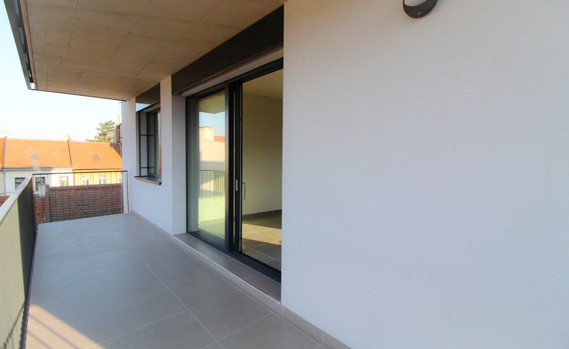 3B balkon III