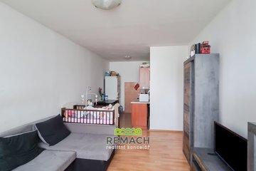 Prodej, byt o dispozici 2+kk, 52 m², zděné jádro, po rekonstrukci, Jesenice, Praha 15 km