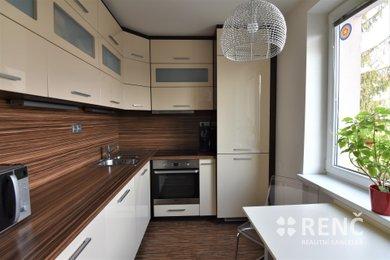 Prodej zděného bytu 2+1 (57 m2 + balkon) v OV, ul. Svatopluka Čecha, Brno – Královo Pole, Ev.č.: 00546