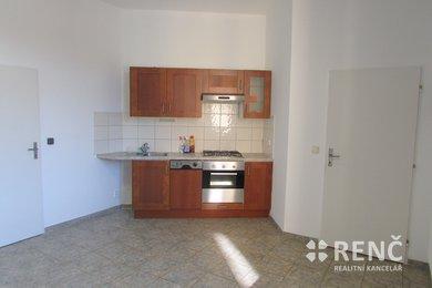 Pronájem nebytového prostoru - vhodné jako kancelář, ateliér, dílna drobné výroby, ubytování - v Husovicích, ul. Husovická, Ev.č.: 00579