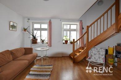 Pronájem mezonetového bytu 3+1 o celkové ploše 74,0 m2 ve zrekonstruovaném bytovém domě na ulici Veselá v centru Brna, Ev.č.: 00583
